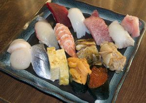 魚恵寿司本店(うおえすしほんてん) 店主おすすめにぎり